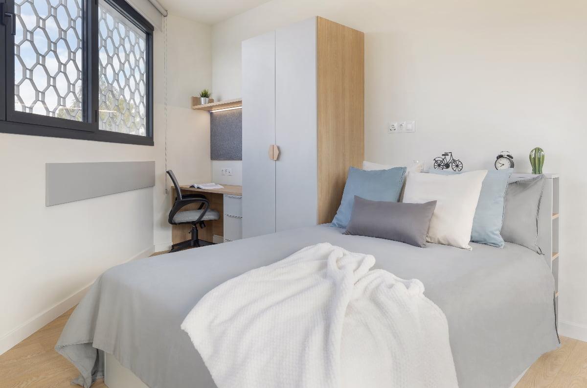 Habitación premium residencia universitaria Granada