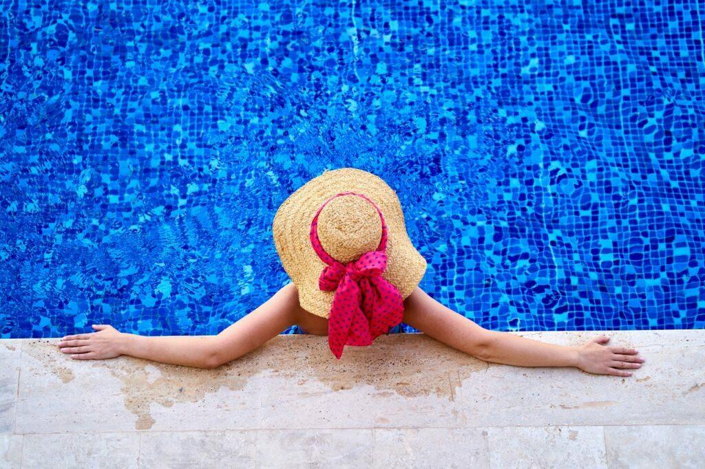 Quédate a pasar el verano en las residencias de AMRO